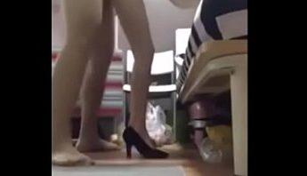 台灣情侶自拍性愛短片手機拍攝維修流出版,美腿細跟高跟鞋正妹被老漢推車式狂插幹到高潮迭起淫叫不止,台灣、性愛短片、情侶自拍、手機拍攝、正妹、美腿、老漢推車、自拍、高跟鞋成人影片、免費A片