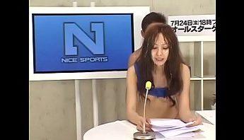日本專業美女主播新聞直播現場顏射吞精插入報導,主播、口交、吞精、女主播、日本、直播、美女、美女主播、顏射成人影片、免費A片