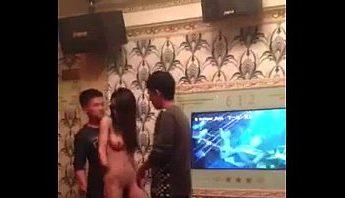 台灣酒店妹KTV包廂小姐裸舞三貼放大招~下體開瓶,台灣、熱舞、秀舞、艷舞、裸舞、酒店、酒店妹成人影片、免費A片