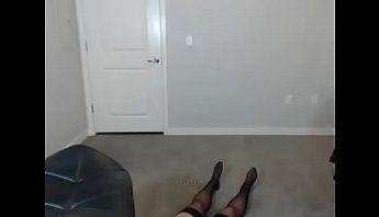我在看什麼?喝得爛醉的裸聊視訊女主播秀舞秀到地上打滾變喪屍,主播、大腿絲襪、女主播、搞笑、秀舞、裸聊、西洋歐美、視訊、黑絲襪成人影片、免費A片