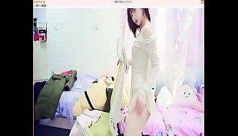 台灣正妹主播露毛熱舞直播一對一視訊性感脫衣艷舞裸聊視頻,挑逗骨盆舞有給她煞到~,一對一視訊、主播、台灣、正妹、正妹主播、熱舞、熱舞直播、直播、秀舞、美女主播、脫衣舞、艷舞、裸聊、裸聊視頻、視訊、骨盆舞成人影片、免費A片