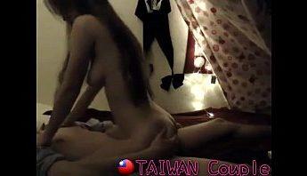 台灣情侶騎乘位做愛自拍,淫叫妹身材超正的,做愛、台灣、性愛短片、性愛自拍、情侶自拍、自拍、騎乘位成人影片、免費A片