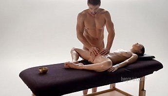 專業情色推拿裸男按摩師幫美女顧客菊穴陰道按摩高潮舒壓,情色按摩、情色推拿、按摩、按摩師、男按摩師、美女、菊穴、陰戶按摩、陰道按摩、陰部按摩成人影片、免費A片